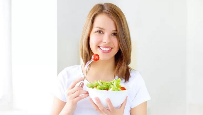 Как сохранить идеальный вес без подсчета калорий? Соблюдай эти 8 принципов!