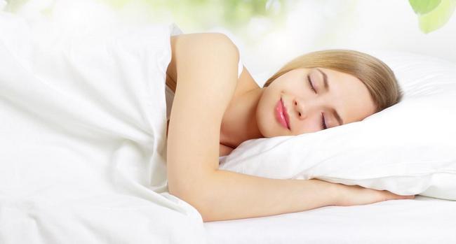 Как стать красивее во сне? 7 важных правил