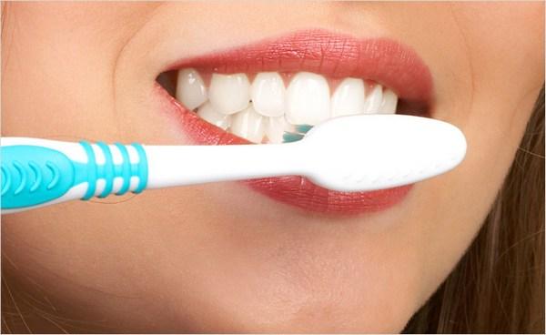 Меняете зубную пасту? Не забудьте сменить и щетку!