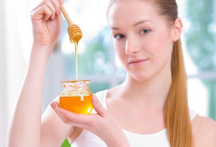 7 неожиданных косметических лайфхаков с мёдом